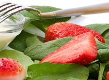 AmericanGreetins_strawberry-and-spinach-salad